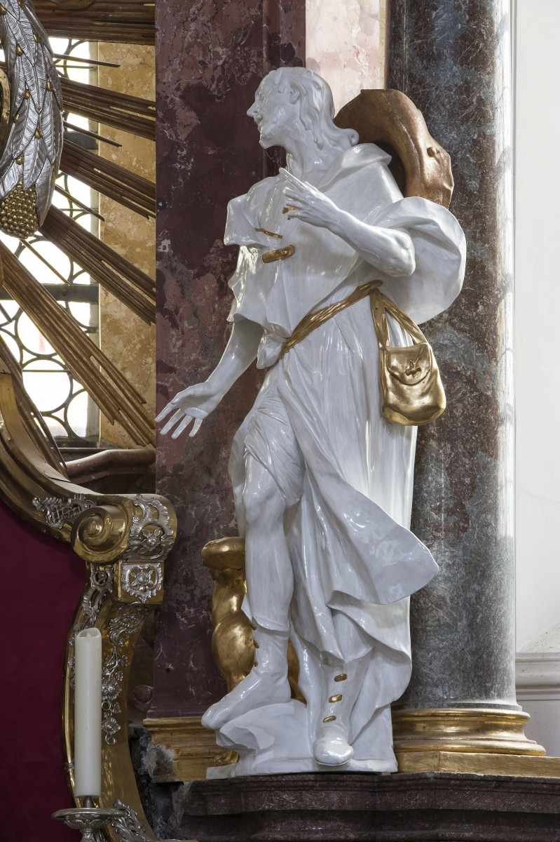 The sculpture of St Rochus at the St Quirinus altar in the parish church of St Quirinus, Tegernsee (photo Bavarian State Department of Monuments and Sites, Michael Forstner, Dec. 2017)
