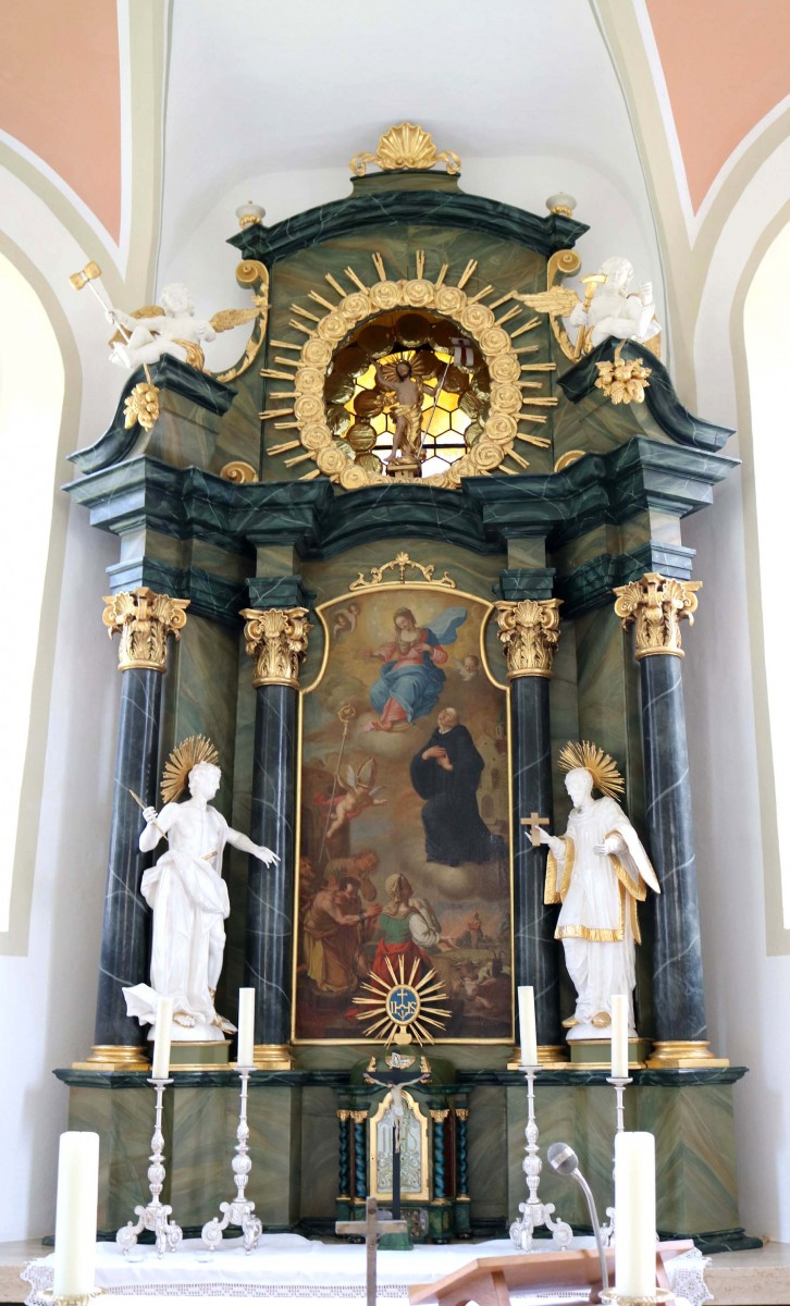 The high altar of the cemetery chapel of St Leonhard in Wiesensteig (photo by Julia Strobl, 2018)