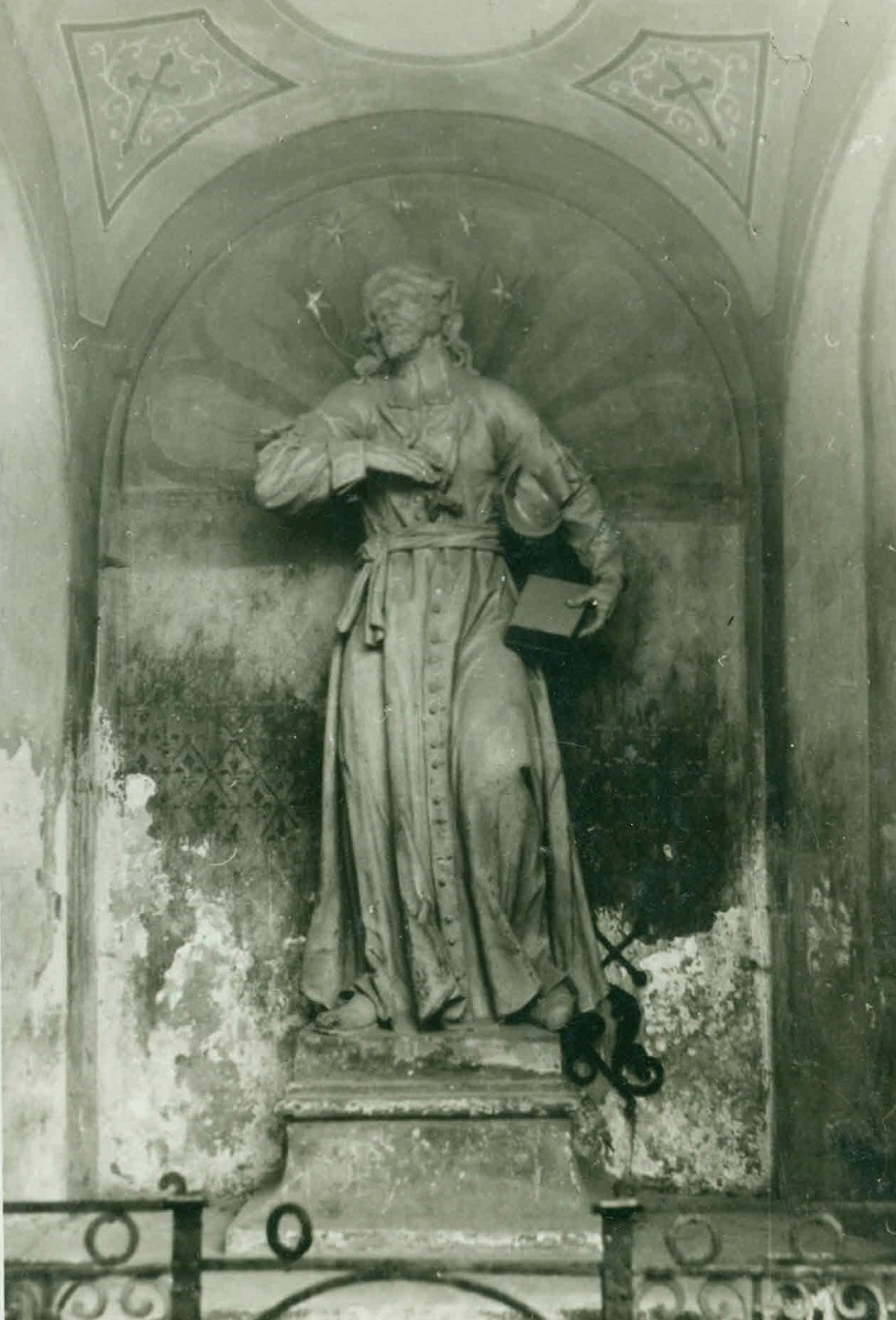 The sculpture of St John of Nepomuk in the chapel in Kamnica, old photograph (source of the photo: Regional Archive Maribor)