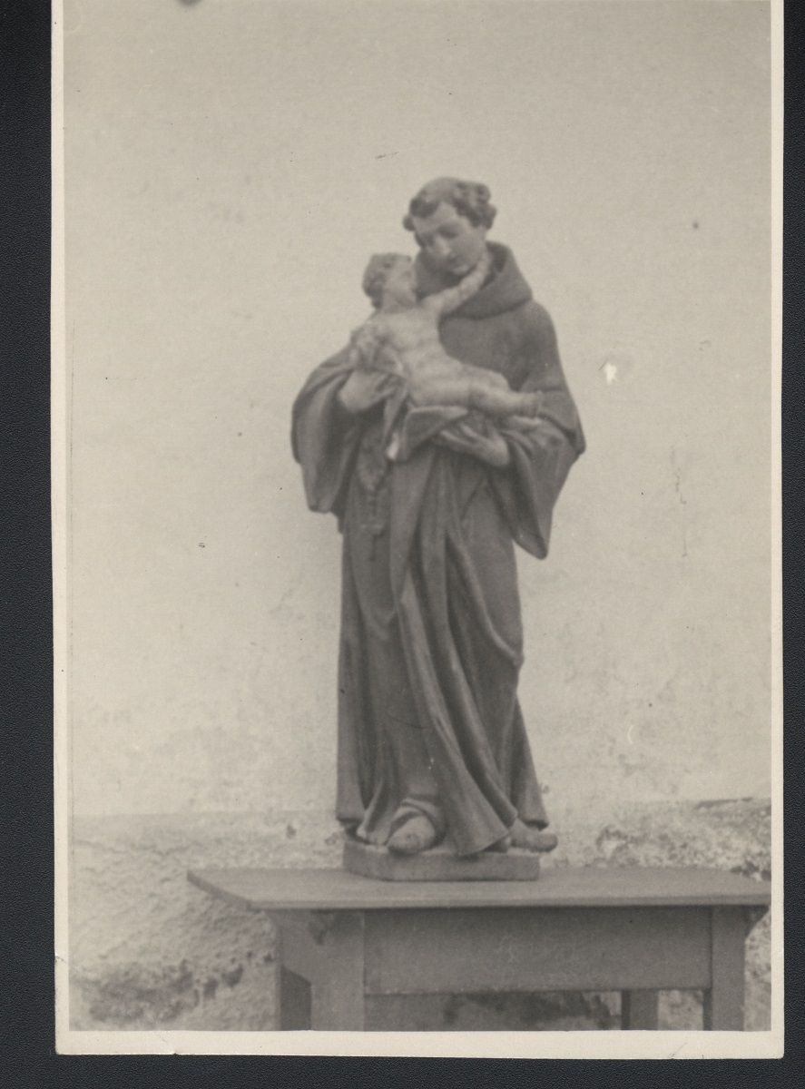 The sculpture of St Anthony of Padua, old photograph (source of the photo: Regional Archive Maribor)