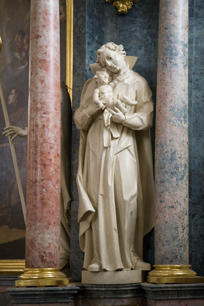 The sculpture of St Stanislaus Kostka (Institute for the Protection of Cultural Heritage of Slovenia, photo by Valentin Benedik, 2018)