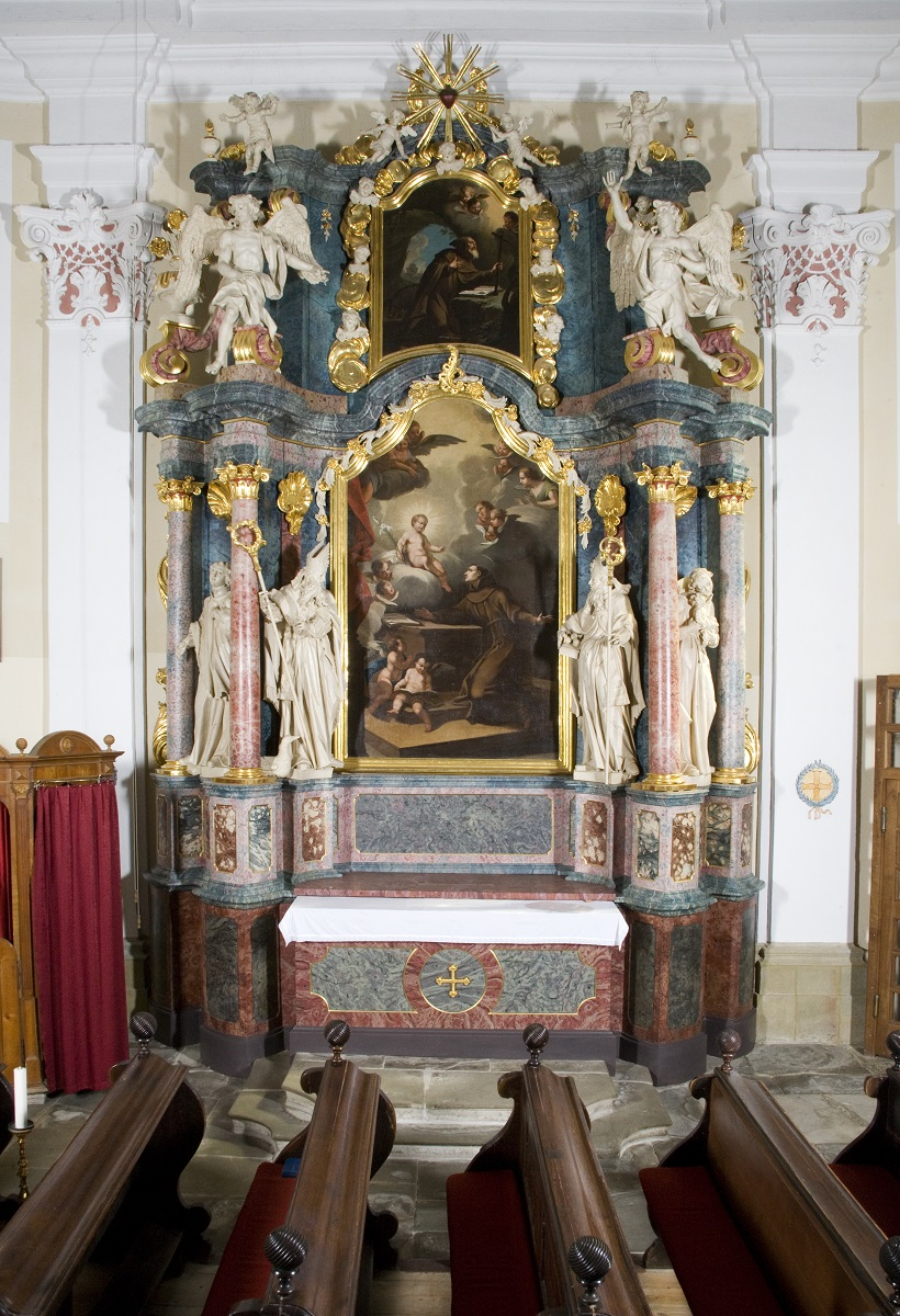 The side altar in the Parish Church of St Bartholomew in Rogatec (Institute for the Protection of Cultural Heritage of Slovenia, photo by Valentin Benedik, 2018)